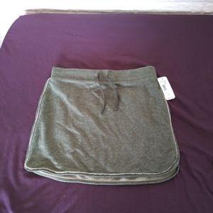 Raw seam/edge skirt